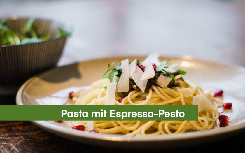 Pistazien-Espresso-Pesto mit Spaghetti